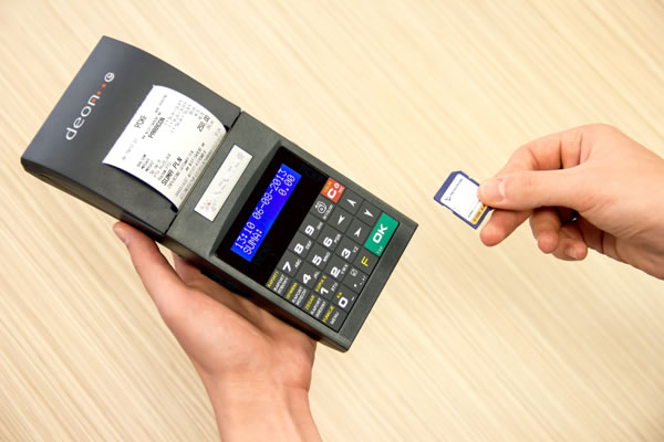 Drukarka fiskalna Novitus Deon E - Pierwsza przenośna drukarka z elektroniczną kopią paragonów